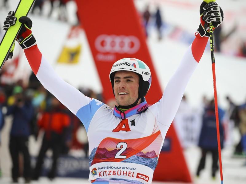 Švajčiar Daniel Yule oslavuje víťazstvo