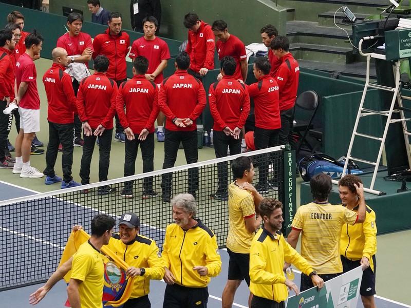 Radosť hráčov Ekvádora, ktorí postúpili do finále Davis Cupu v Madride