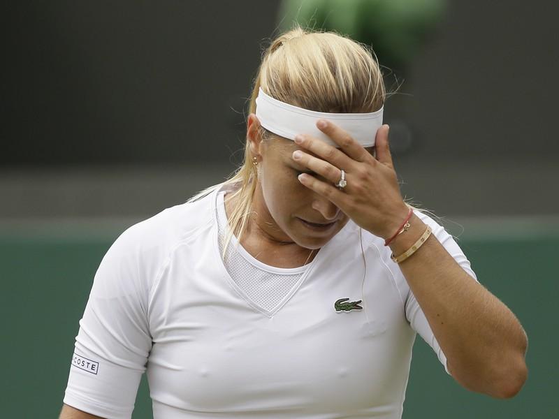 Dominika Cibulková v štvrťfinálovom zápase Wimbledonu