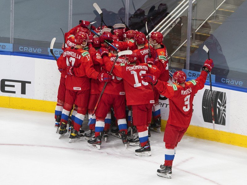 Víťazné oslavy hokejistov Ruska