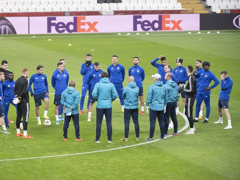 Na snímke hráči ŠK Slovan Bratislava počas tréningu