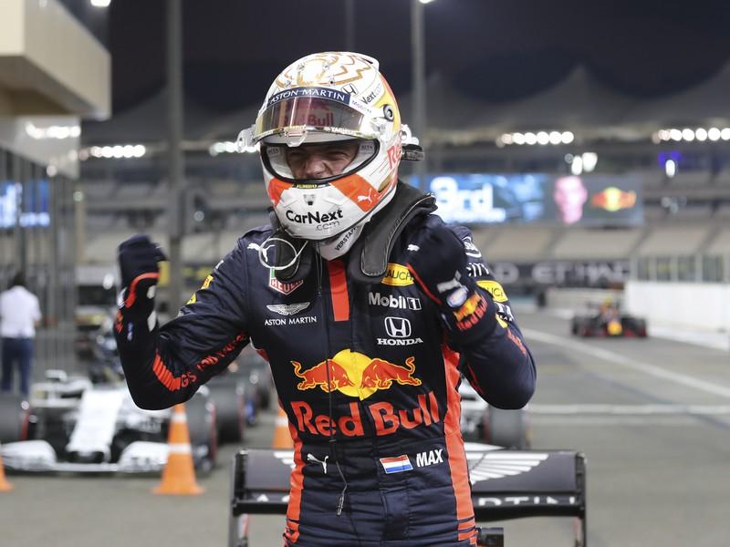 Max Verstappen reaguje po tom, ako si vyjazdil pole position