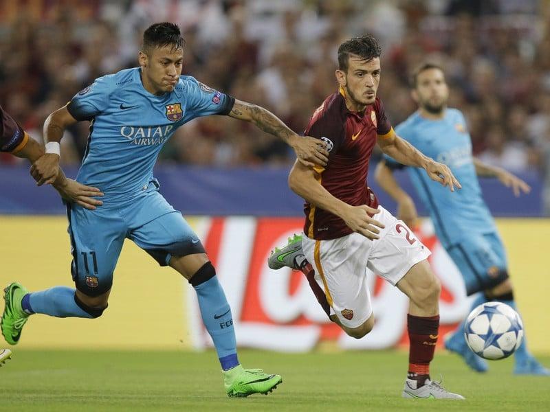 Alessandro Florenzi a Neymar v súboji o loptu
