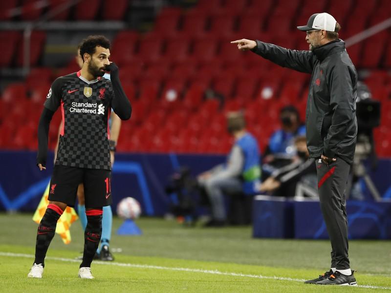 Jürgen Klopp hovorí inštrukcie Mohamedovi Salahovi