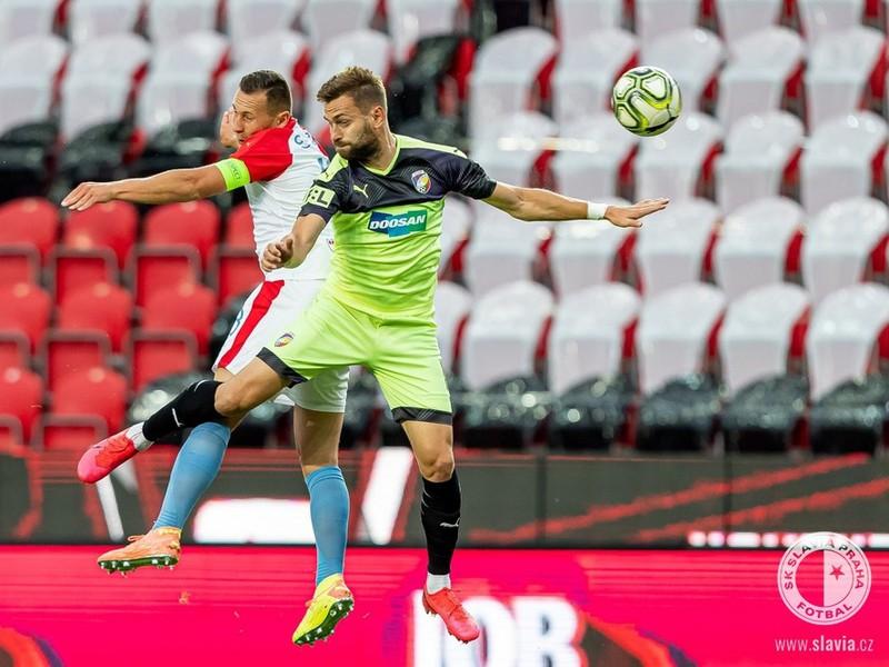 Momentka zo zápasu SK Slavia Praha - FC Viktoria Plzeň