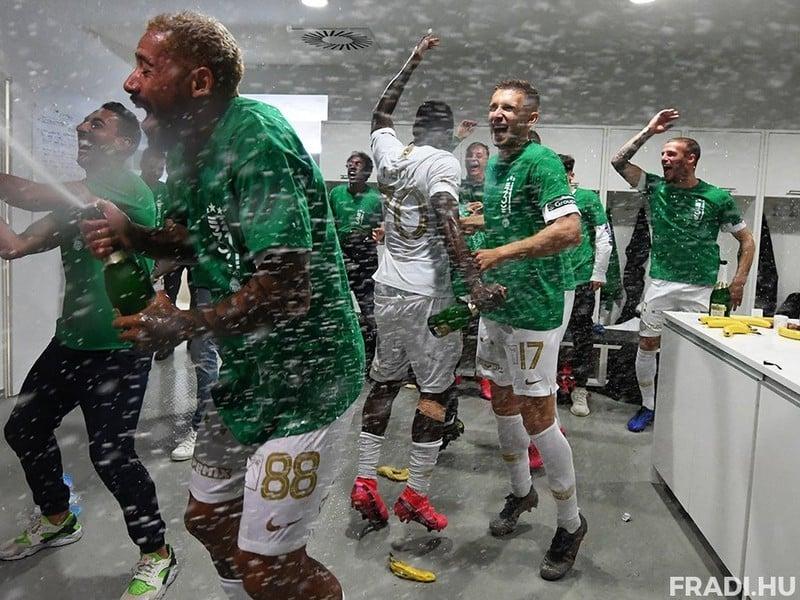 Oslavy titulu hráčov Ferencváros Budapešť