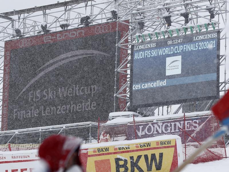 Zjazdy v Lenzerheidene museli zrušiť kvôli počasiu