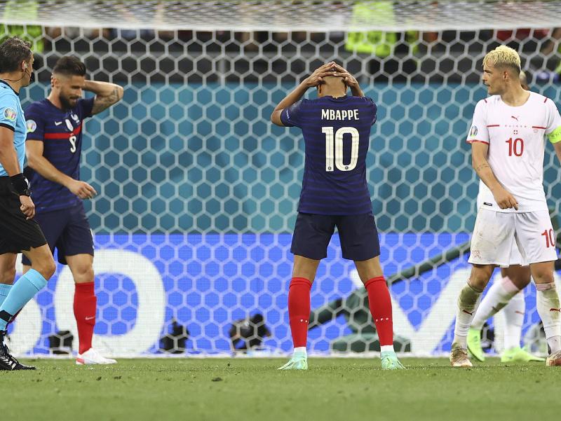 Francúzski hráči po nepremenenej šanci
