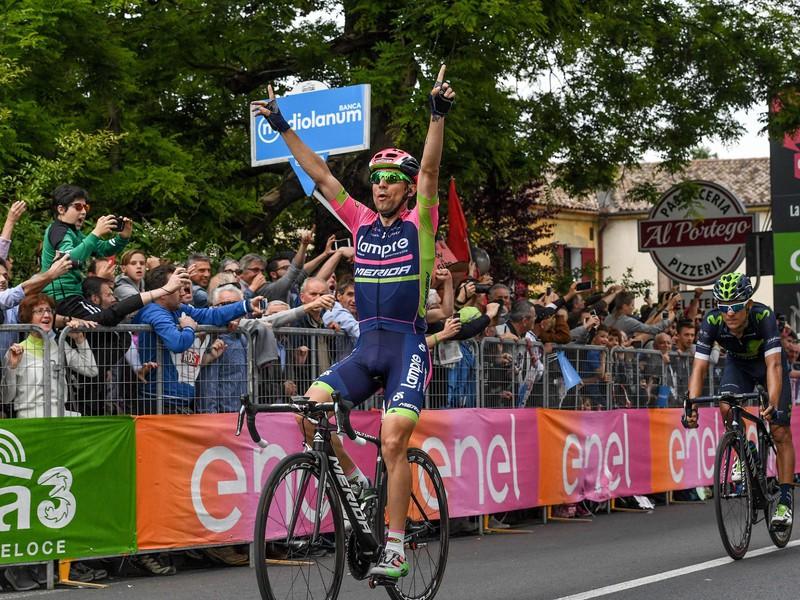 Diego Ulissi oslavuje ďalšie etapové víťazstvo