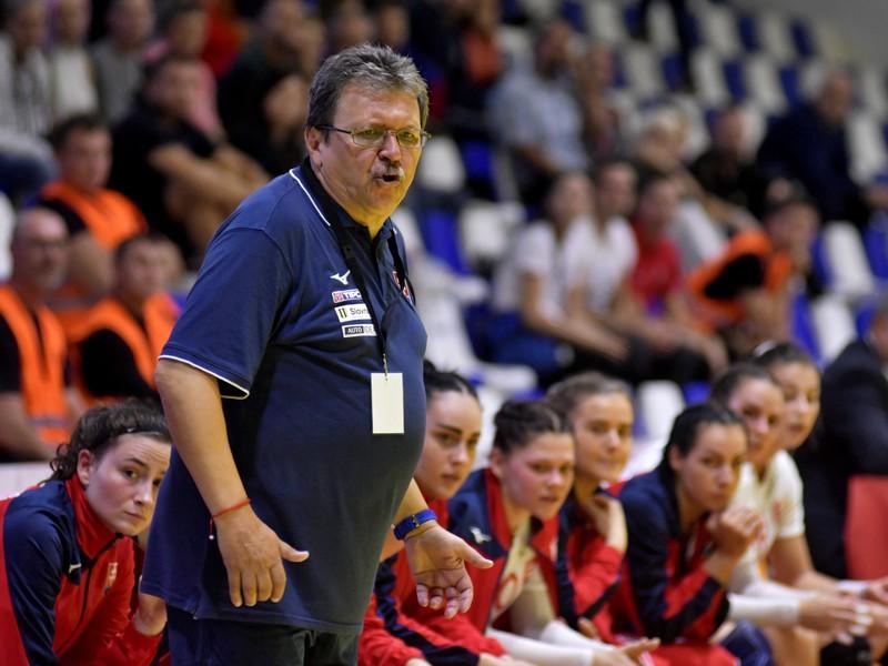 Tréner slovenskej reprezentácie žien v hádzanej Pavol Streicher