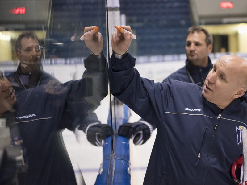 Nový tréner HC Slovan Bratislava Eduard Zankovec