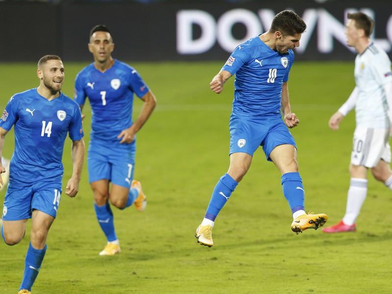 Radosť hráčov Izraela po góle