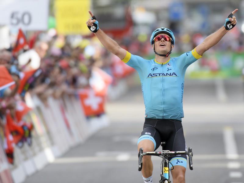 Jakob Fuglsang a jeho víťazná radosť v cieli pretekov