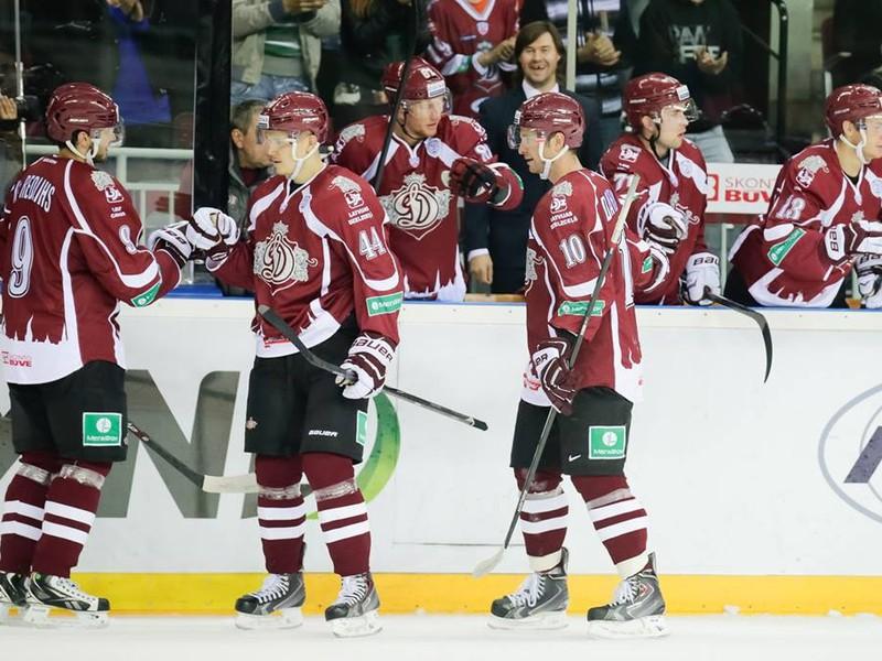 Gólové oslavy hokejistov Dinamo Riga