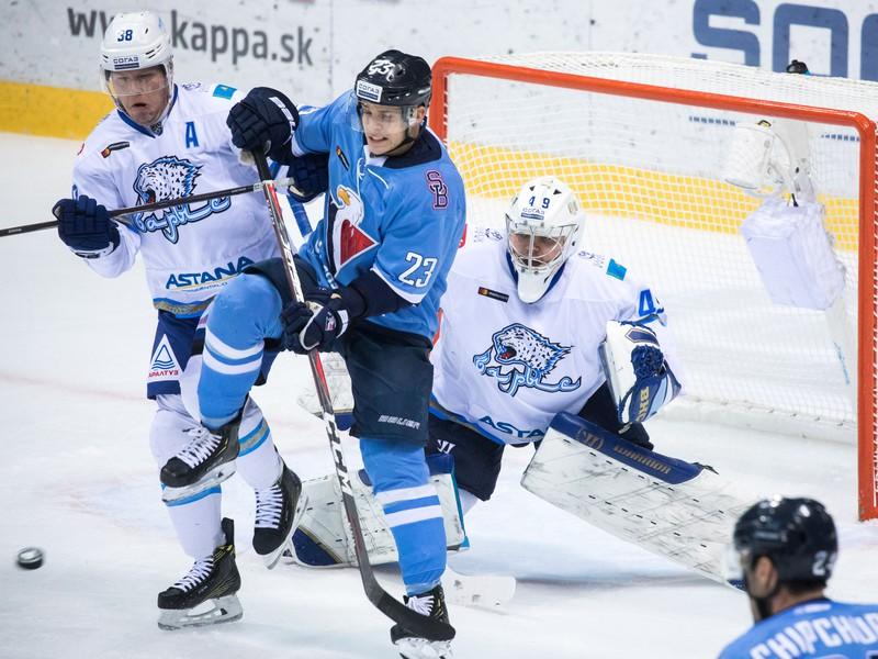 Kevin Dallman, Adam Liška a bránkar Henrik Karlsson