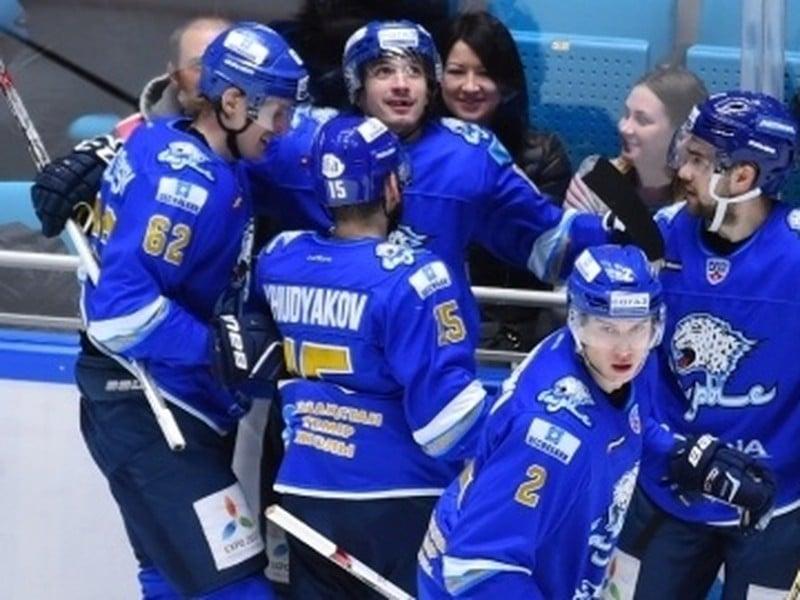 Gólové oslavy hokejistov Astany