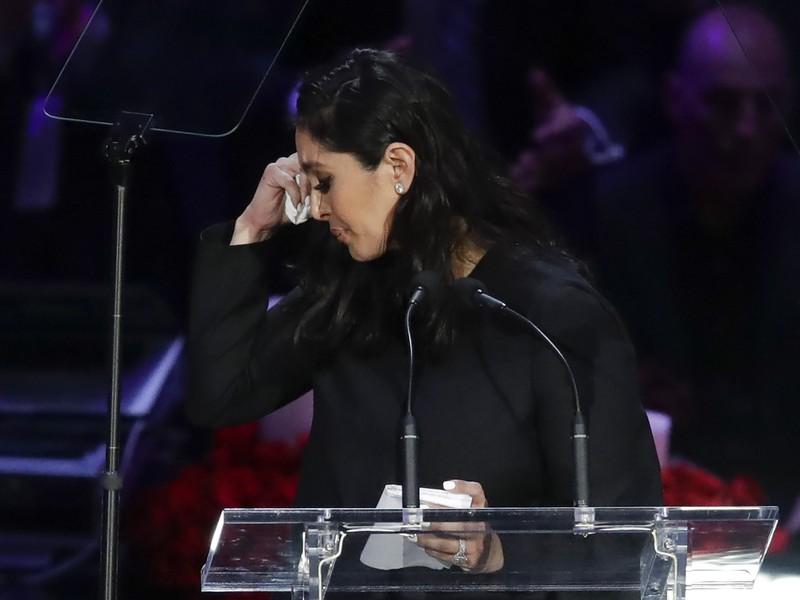 Manželka Kobeho Bryanta Vanessa počas príhovoru