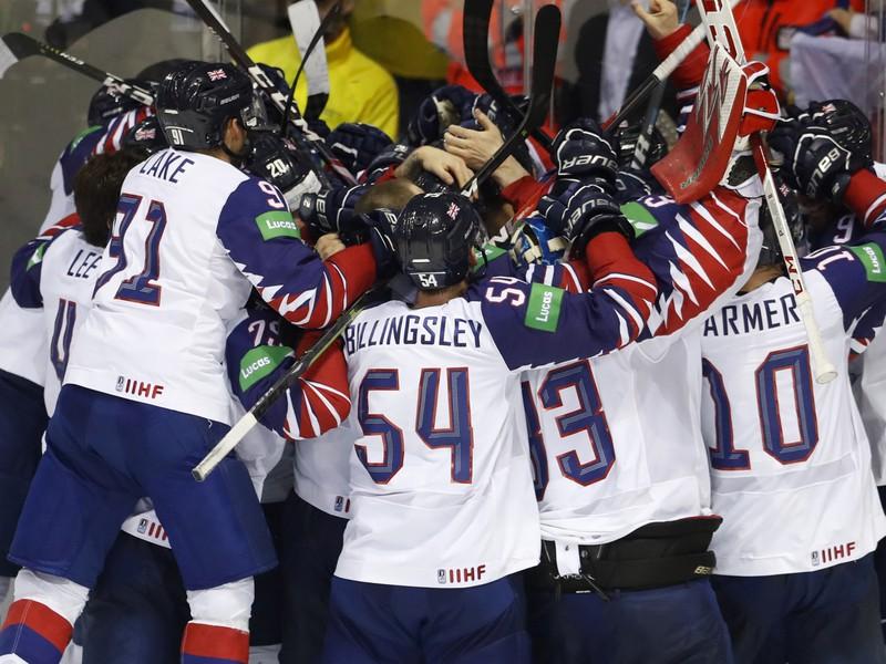 Víťazné oslavy hokejistov Veľkej Británie