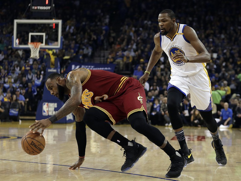 LeBron James a Kevin Durant