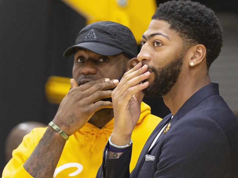 LeBron James a Anthony Davis, nové hviezdne duo Lakers