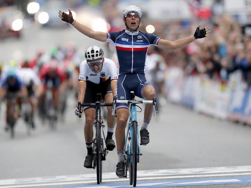 Lennard Kämna na druhom mieste na majstrovstvách sveta v nórskom Bergene v pretekoch s hromadným štartom mužov do 23 rokov