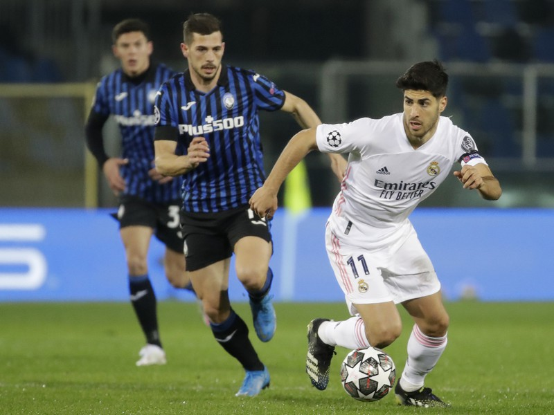 Marco Asensio a Remo Freuler
