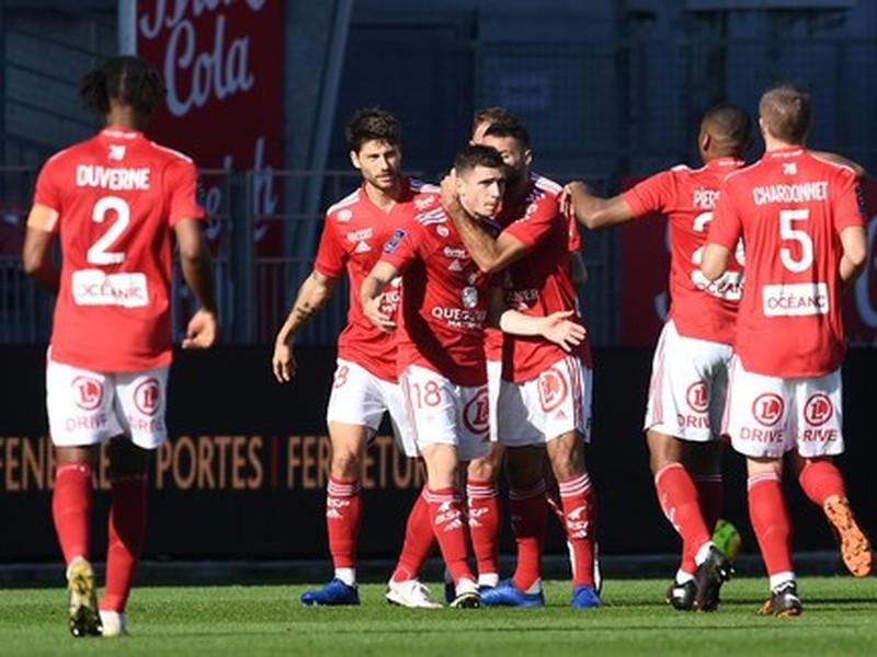 Hráči Brestu sa tešia po strelenom góle