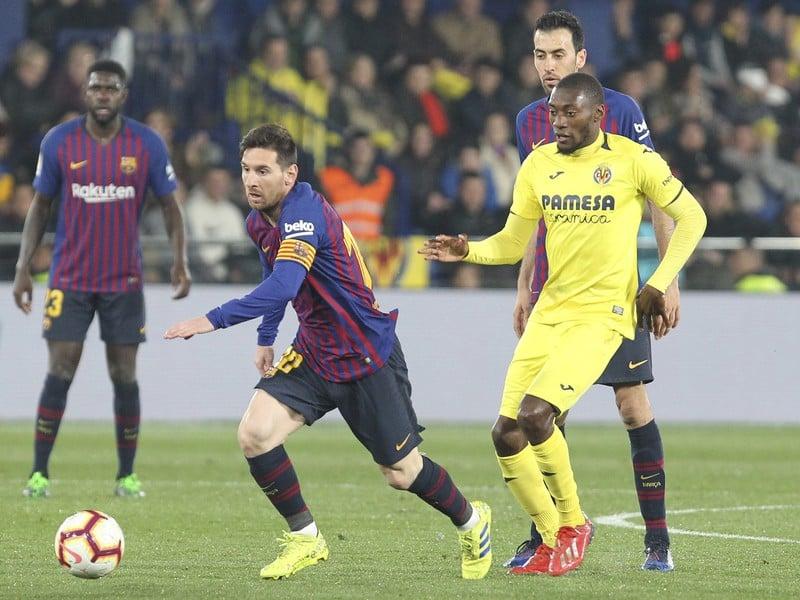 Lionel Messi s loptou