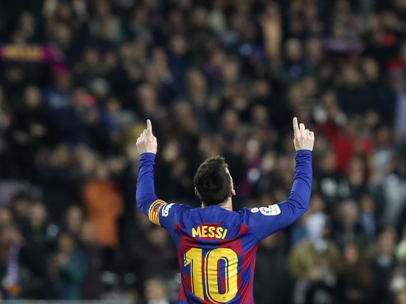 Lionel Messi oslavuje hetrik
