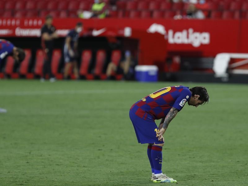 Sklaman� Lionel Messi po z�pase s Sevillou