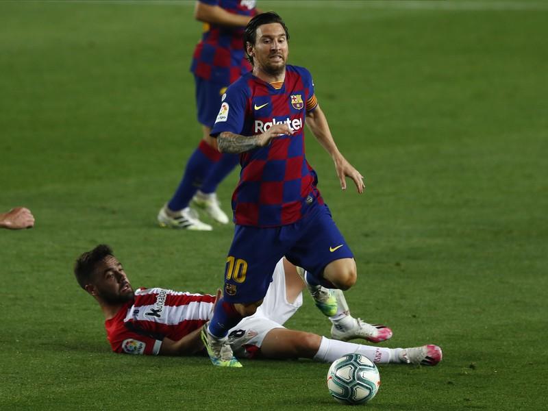 Lionel Messi a Unai Lopez