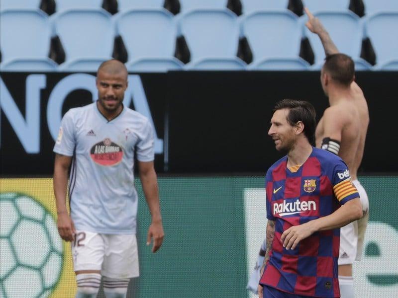 Frustrovaný Lionel Messi a oslavujúci Iago Aspas