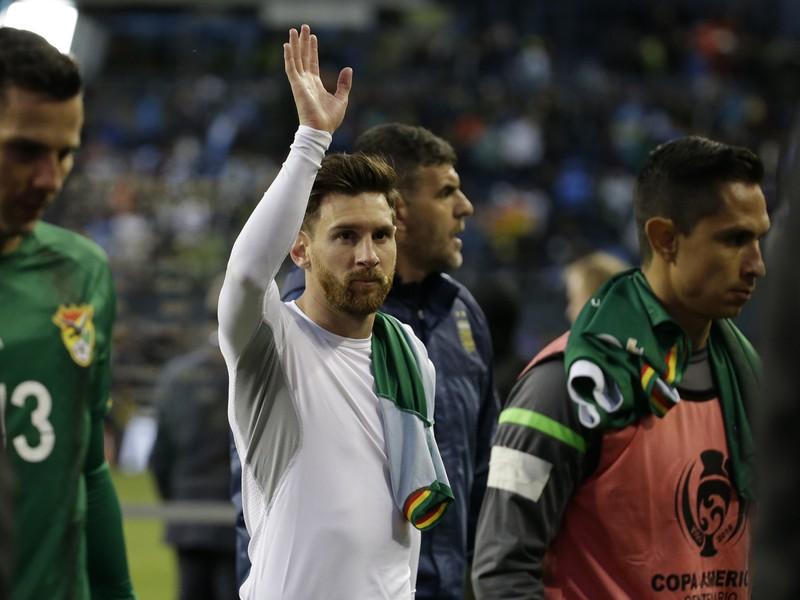 Lionel Messi zdraví fanúšikov