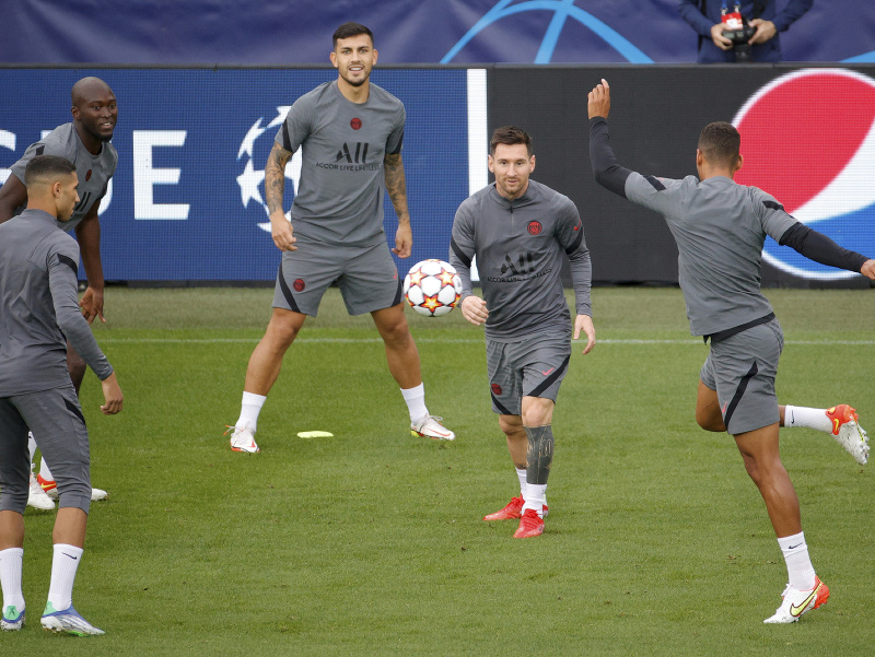 Futbalisti PSG na tréningu