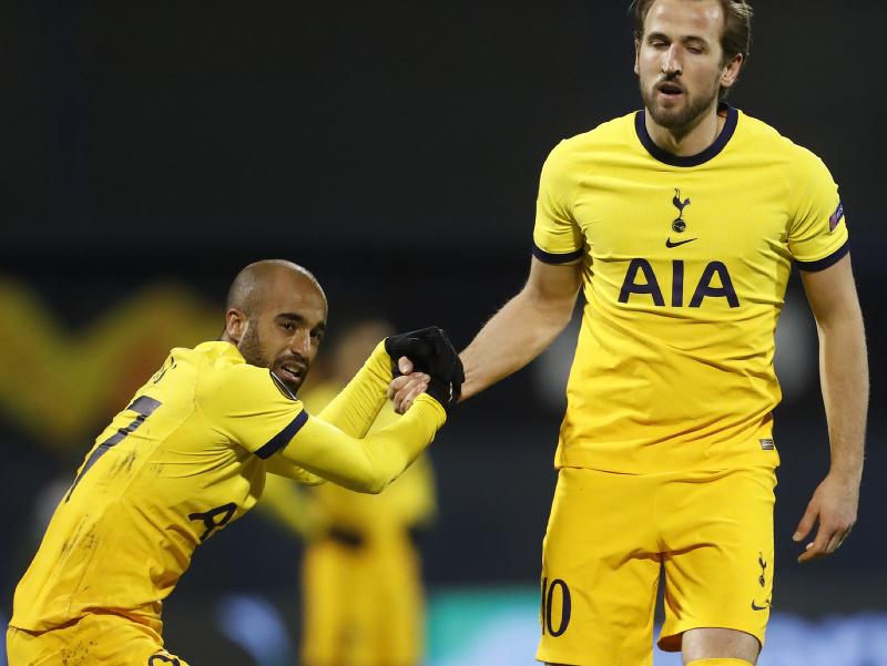 Lucas Moura a Harry Kane počas zápasu
