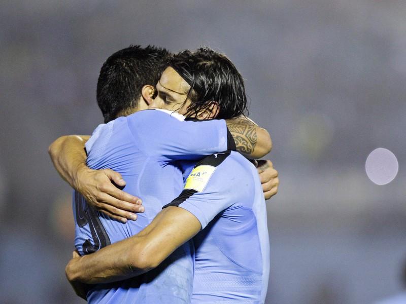 Luis Suárez a Edinson Cavani