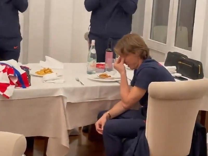 Dojatý Luka Modrič