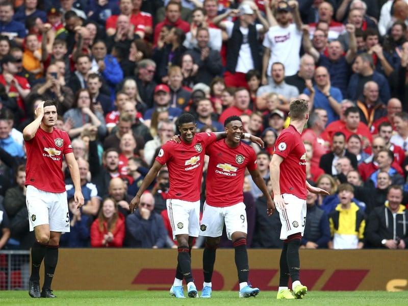 Manchester United vykročil dvomi pravými nohami