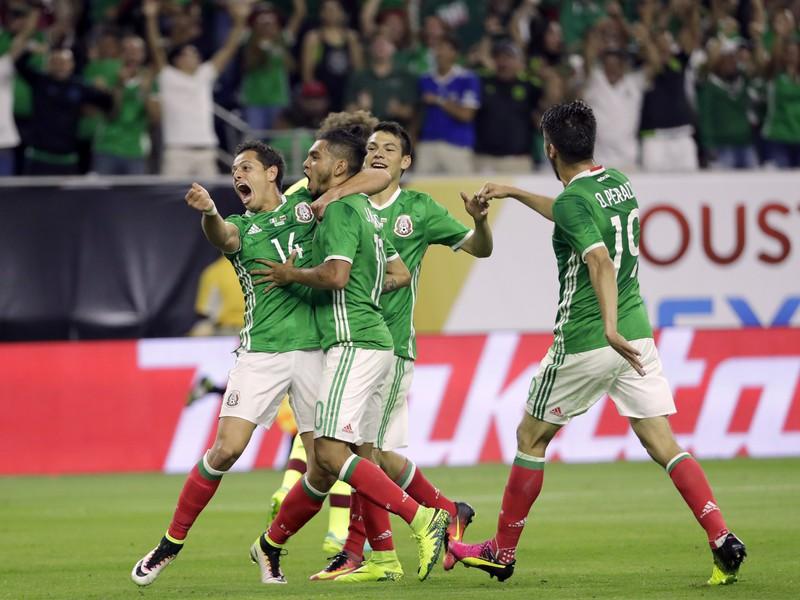 Momentka zo zápasu Copa América Mexiko - Venezuela