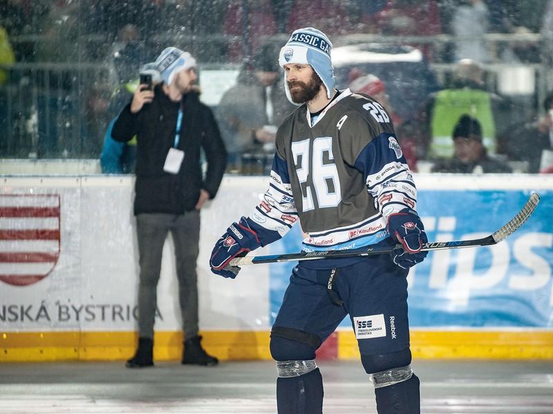 Michal Handzuš počas súboja legiend na hokejovom podujatí Kaufland Winter Classic Games 2019 v Banskej Bystrici