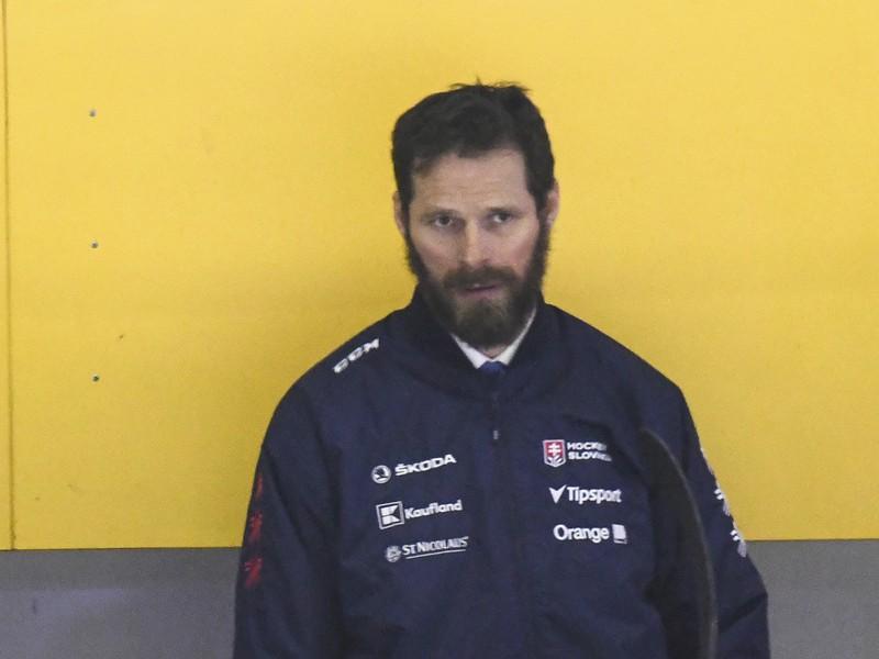 Michal Handzuš na lavičke Slovenska