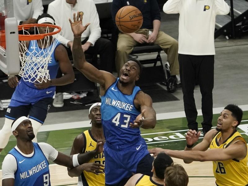 Hráč Milwaukee Bucks Thanasis Antetokounmpo