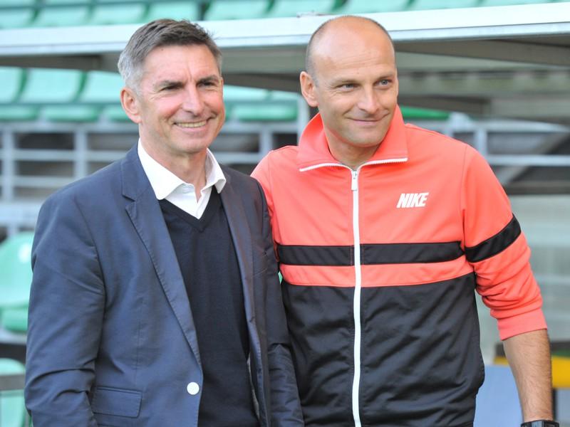 Tréner Žiliny Adrián Guľa (vpravo) a majiteľ klubu Jozef Antošík
