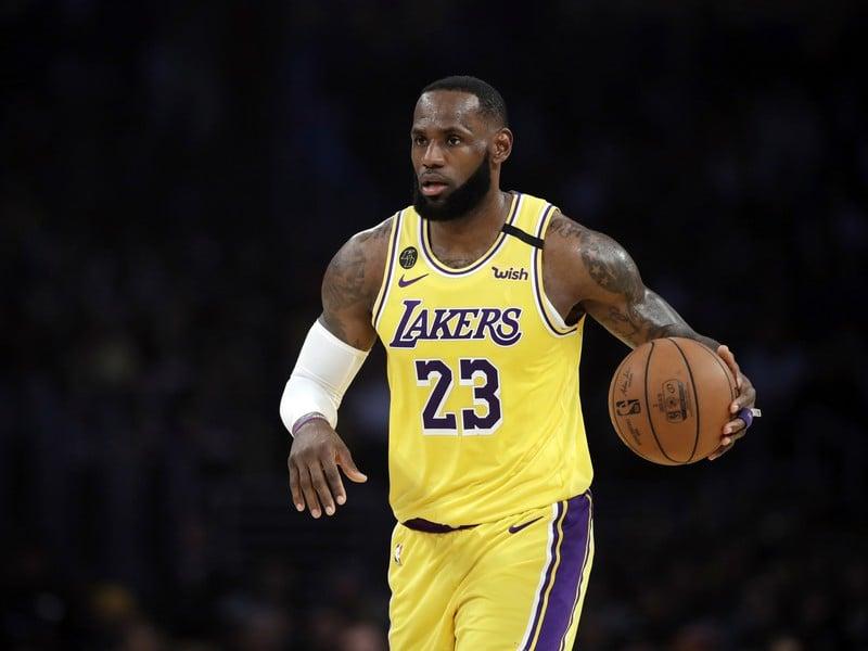 Hviezdny basketbalista Los Angeles Lakers LeBron James