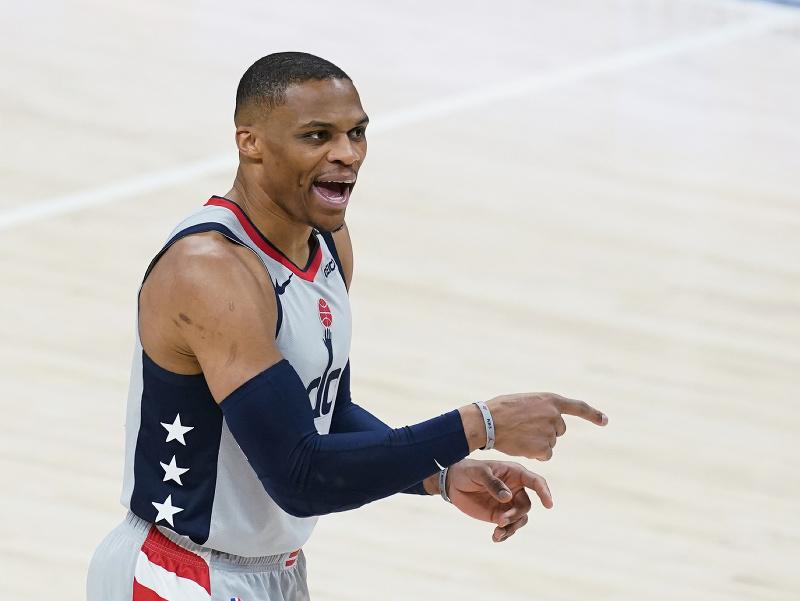Russell Westbrook hviezdil v ďalšom zápase