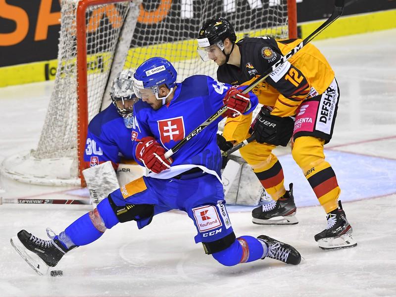 Mislav Rosandič v drese Slovenska