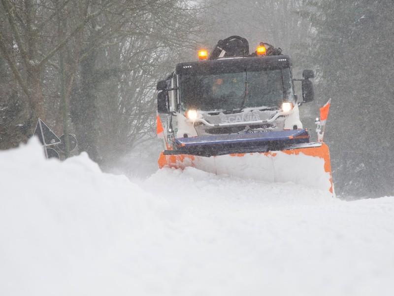 Bielefeld bojuje s návalom snehu