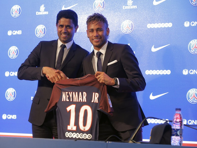 Prestup Neymara do PSG
