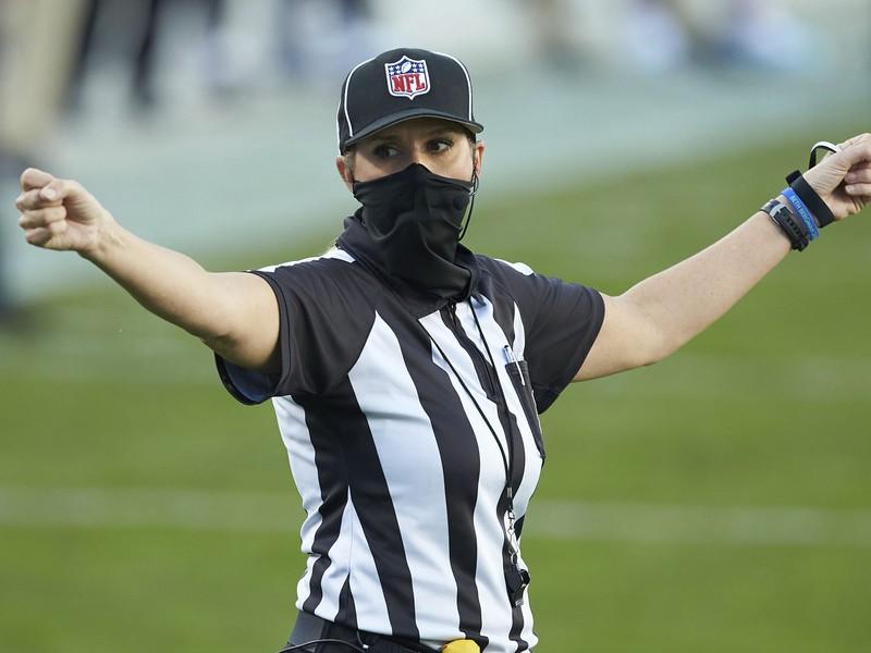 Sarah Thomasová bude rozhodovať Super Bowl