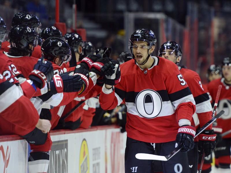 Gólová oslava hráčov Senators